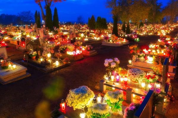 Dia de Todos os santos na Polónia